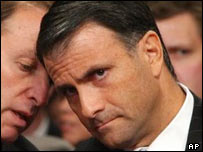 Jack Abramoff listening to his attorney during a Congress hearing in 2004