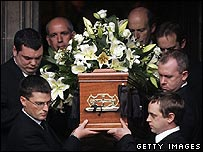 Robin Cook's coffin leaves St Giles Cathedral