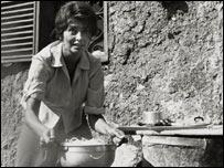 La actriz Sof�a Loren, prepara espaguetis.
