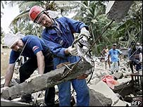 Russian rescuers in Kalamulla, south-west Sri Lanka