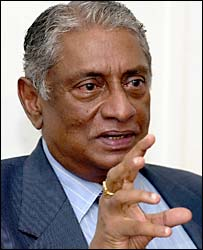 Former Sri Lankan Foreign Minister Lakshman Kadirgamar (file pic)