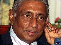 Sri Lankan Foreign Minister Lakshman Kadirgamar