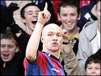 Andy Johnson celebrates his goal