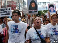 Manifestantes en Buenos Aires, Argentina