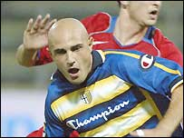 Massimo Maccarone in action for Parma