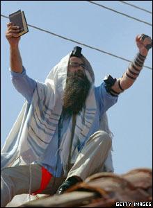 Jewish settler in Neve Dekalim
