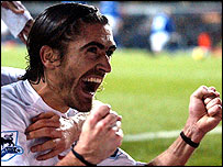 Pedro Mendes thought he had scored the winner for Tottenham at Man Utd