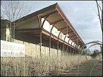 Derelict station