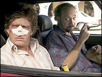Thomas Haden Church (l) and Paul Giamatti in Sideways