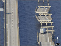 Interstate bridges in Florida damaged by Hurricane Ivan, AFP