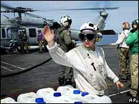 Water aid supplied from US aircraft carrier Abraham Lincoln