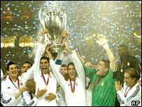 Real Madrid players celebrate winning the Champions League Final at Hampden