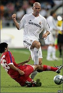 Prat Samakrat y Ronaldo Luiz en Bangkok.