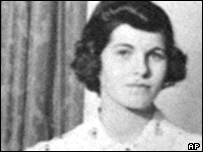 http://newsimg.bbc.co.uk/media/images/40701000/jpg/_40701973_kennedys_ap_story203.jpg