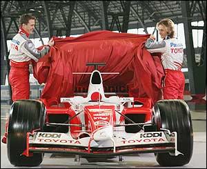 Toyota's Ralf Schumacher and Jarno Trulli unveil the new car for the 2005 season