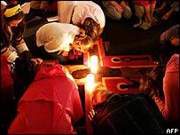 Young Taize members praying in Bonn