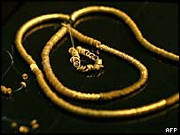 Golden necklace found near Dabene, Bulgaria