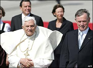 Pope Benedict XVII and German dignitaries