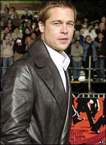 Brad Pitt, December 2004