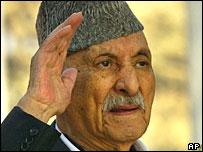 http://newsimg.bbc.co.uk/media/images/40703000/jpg/_40703414_afghan_zahir_ap.jpg