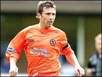 Dundee United midfielder Derek McInnes