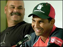 Coach Dav Whatmore and captain Habibul Bashar