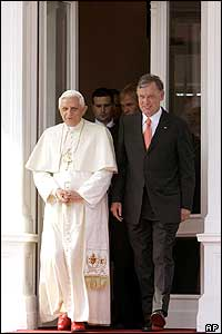 The Pope and German President Horst Koehler at Villa Hammerschmidt