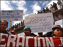 Bolivianos marchan por las calles de El Alto