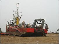 Ship washed up on Sri Lankan coast