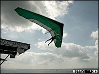 Ron Freeman flies off Bognor Pier