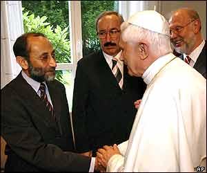 Pope Benedict XVI meets Muslim delegates in Cologne