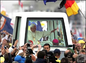Pope Benedict XVI in popemobile