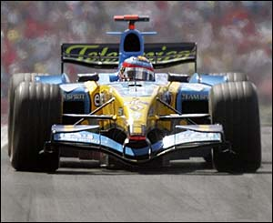Fernando Alonso in action