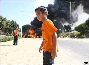 A settler boy in Katif