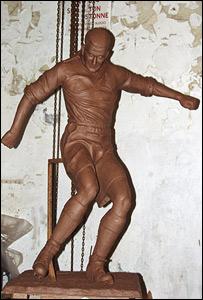 Stan Mortensen statue