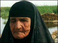 Elderly lady at settlement of Hamar - image courtesy Jassim Al-Asadi, Centre for the Restoration of Iraqi Marshlands, & Unep