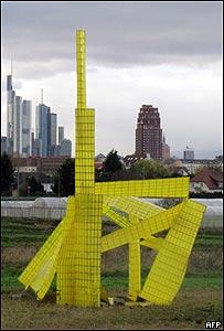 Instalación de Michael Beutler en Frankfurt