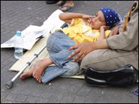 Una niña en las calles.