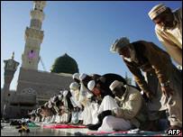 Pilgrims at the Prophet Mohammed Mosque in Medina, Saudi Arabia.
