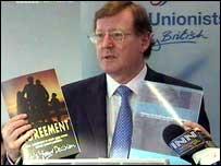 David Trimble wants a return to the 1998 Agreement