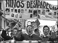 "Argentine ""Mothers of the Disappeared"" protest in 1979"