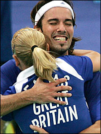 Gail Emms & Nathan Robertson celebrate reaching the Olympic mixed doubles final  in 2004