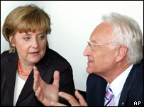 Edmund Stoiber (right) with Angela Merkel