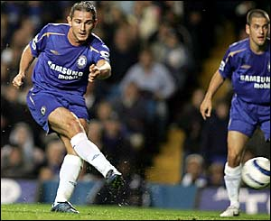 Frank Lampard puts Chelsea 1-0 ahead