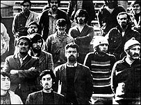 Detenidos en el Estadio Nacional, Chile. (foto gentileza La Naci�n)