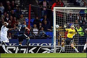 El-Hadj Diouf scores for Bolton