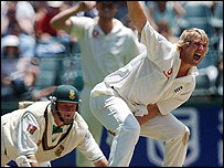 Matthew Hoggard appeals for, and gets, the wicket of Graeme Smith