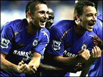 Frank Lampard celebrates with John Terry