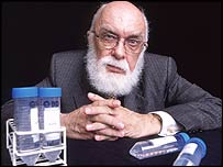 Illusionist James Randi