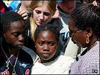 Verah Kachepa with children Tony and Upile